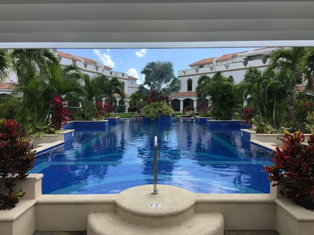 Well Appointed Townhouse in Great Complex! - George Town - Rivitalo