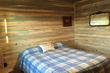 Von Holten Ranch:  Cabin #4