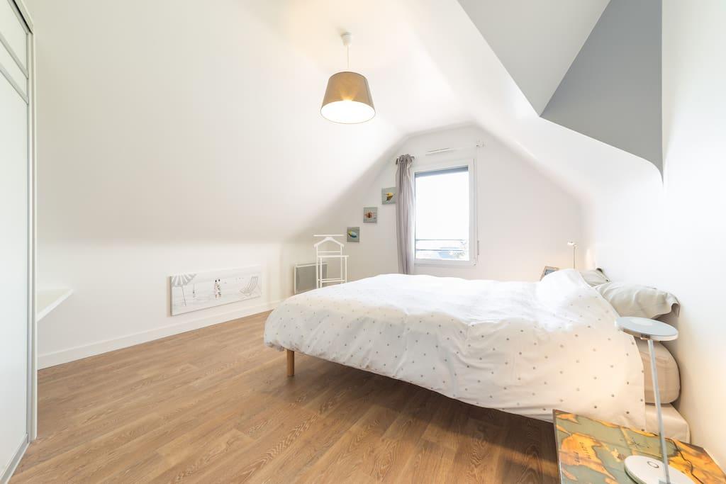 chambre bord de mer chambres d 39 h tes louer sarzeau bretagne france. Black Bedroom Furniture Sets. Home Design Ideas
