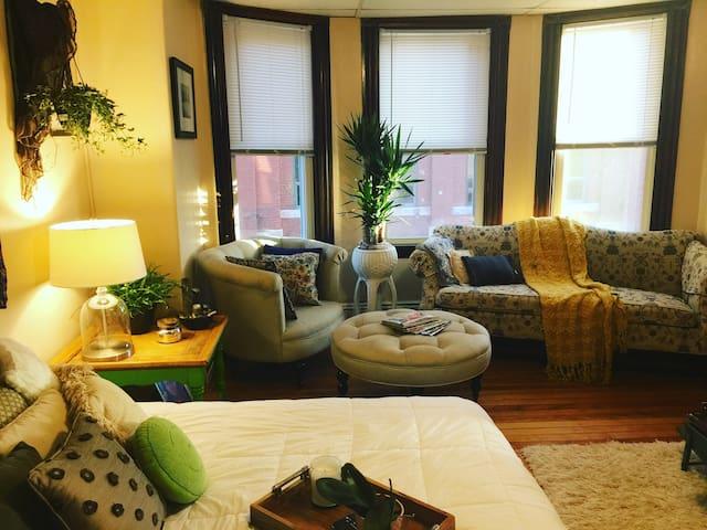 Bright bedroom :-)