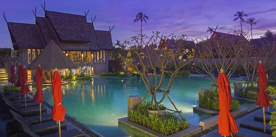 Luxury 6 Pax - 2 Bedroom Private Pool Suite Resort