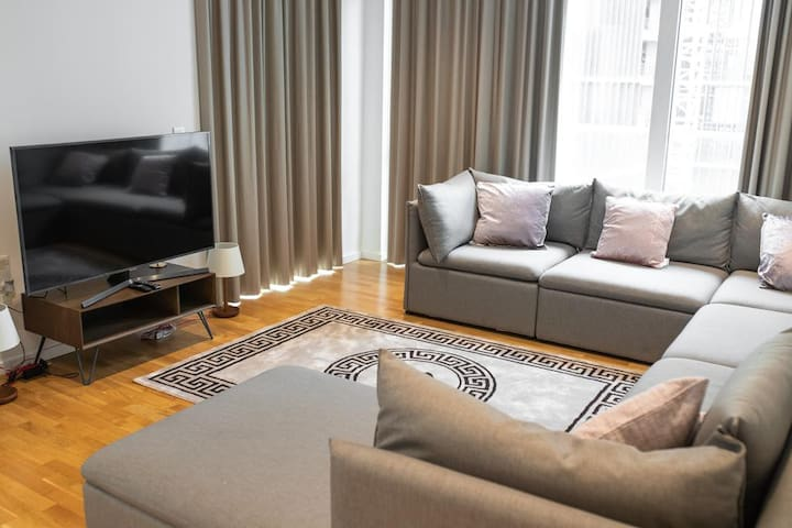 Top Floor Luxury Two Bed Apartment- Stratford