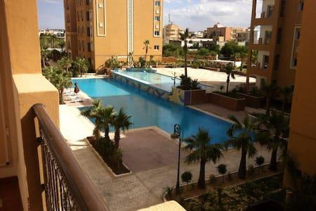 Gemütliche u. möblierte 2Z Wohnung - Chott Meriam , Hammam sousse - Apartemen