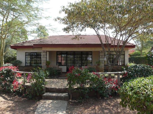 Airport cottage JKIA - Nairobi - Hus