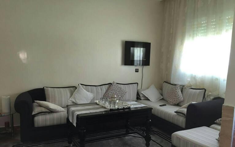 Italian-Moroccan flat near Rabat - Sjirat