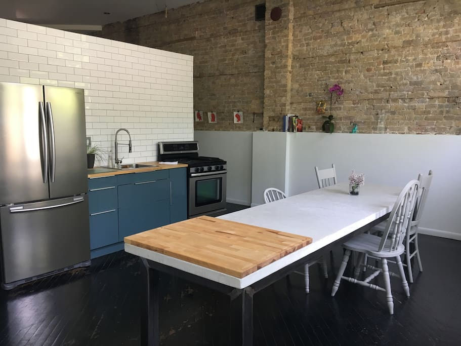 Historic Storefront 2 Bedroom Loft Condo Lofts For Rent In Chicago Illinois United States