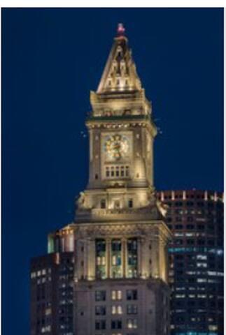 Boston's Iconic Landmark Hotel at Faneuil Hall