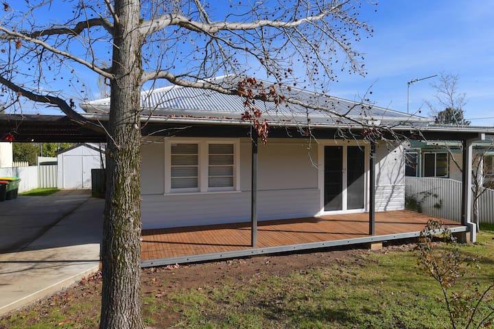 Freestanding house