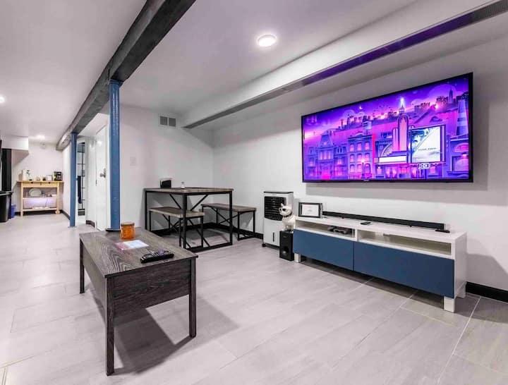 Modern Suite-30m to 🗽NYC, 17m to ✈️JFK & LGA