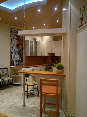 Apartment on the best street of Yerevan - Jerevan - Huoneisto