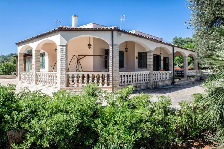 Villa Viola / Casa vacanze nel cuore della Puglia - Carovigno