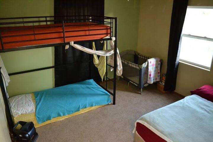 North Fork of the White River Room Sleeps 4 Max - Dora - Casa