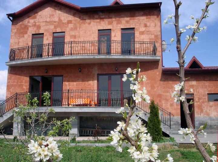 Villa Ararat