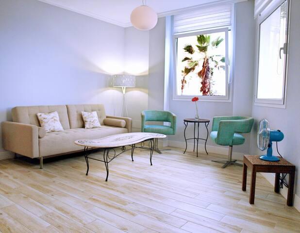 Exclusivo piso de calidad en primera l nea del mar - Compartir piso en las palmas ...