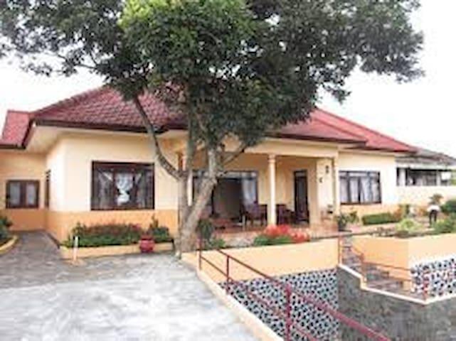 Parama Guest House - Bumiaji