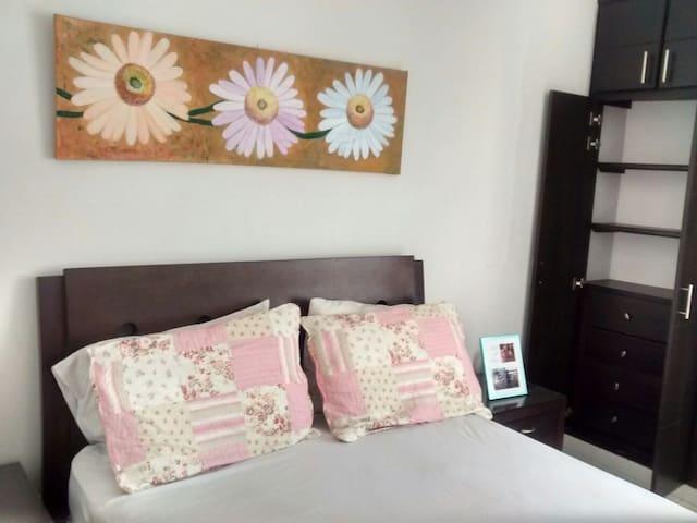 Habitación cómoda en un buen sector - Cali - Rumah