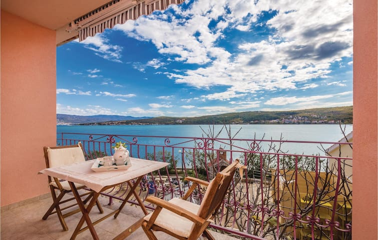 Holiday apartment with 1 bedroom on 43 m² in Cizici