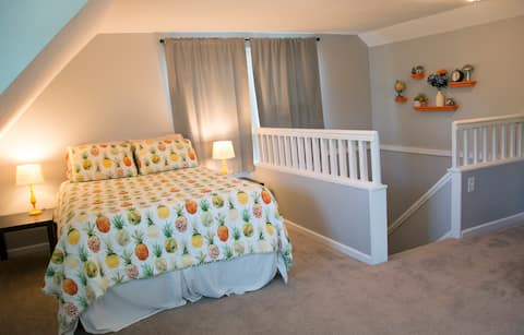 Private 3rd floor suite with full bath