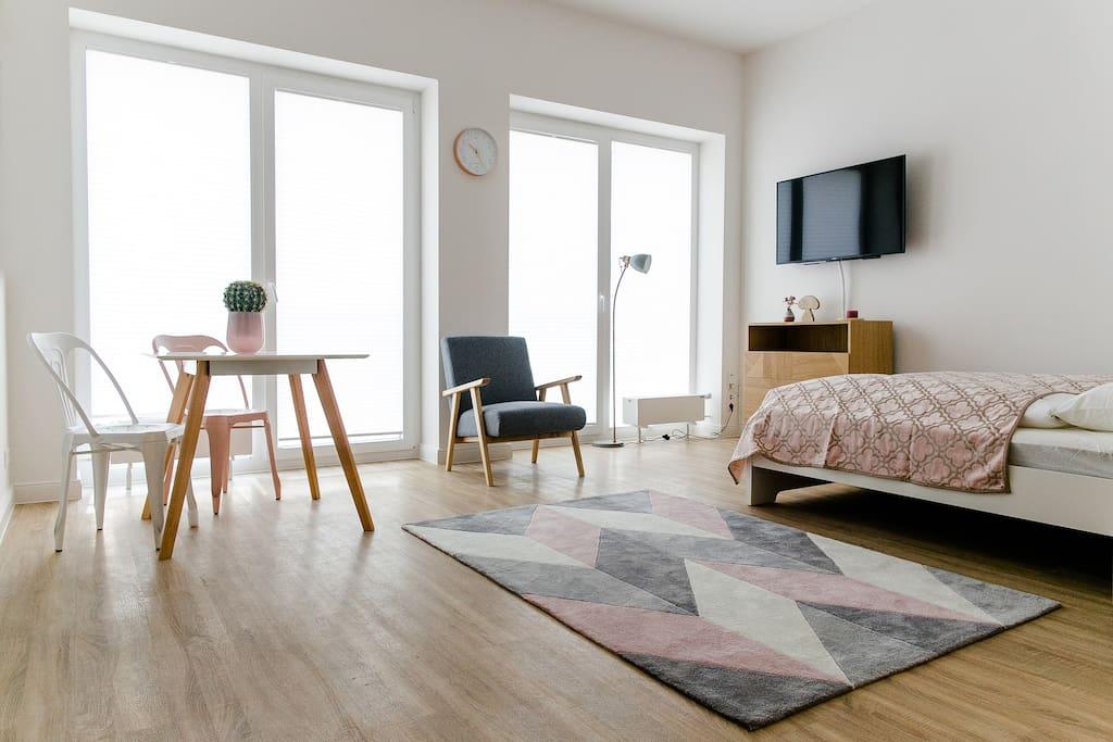 louis louise apartment 103 wohnungen zur miete in. Black Bedroom Furniture Sets. Home Design Ideas