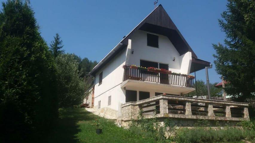 Villa Jasmina