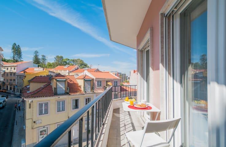 City Center Stylish Apartment - 1bedroom w balcony