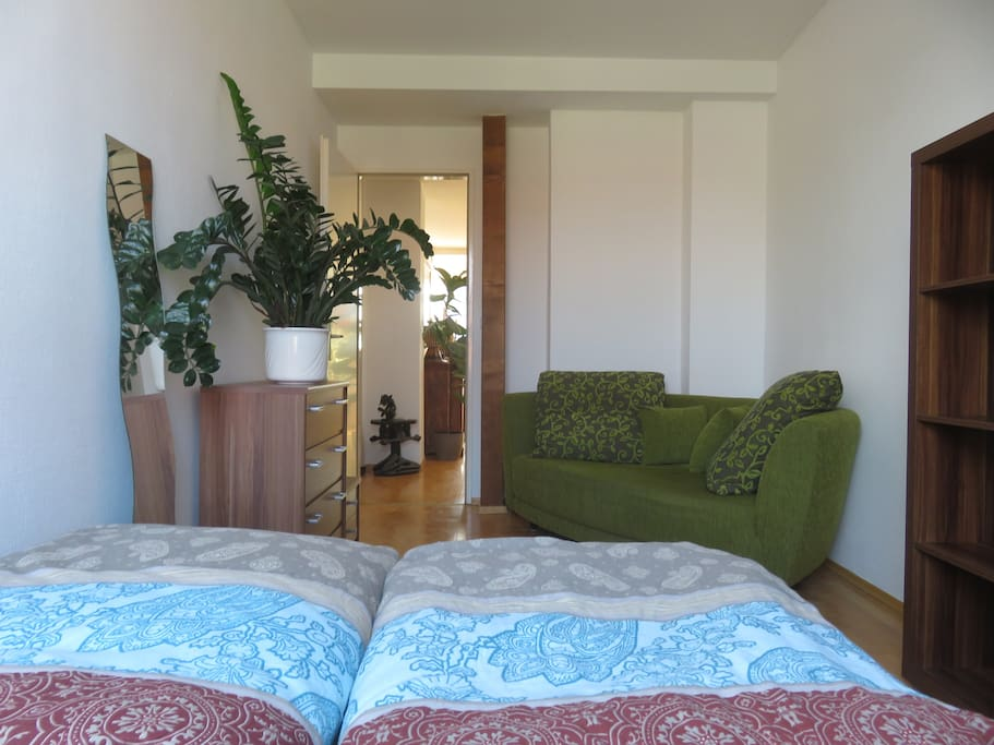 Dein gemütliches Zimmer / your cozy room