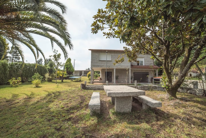 Casa moderna en el rural con barbacoa y piscina