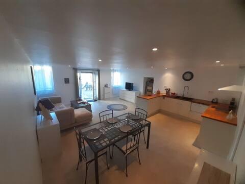 Joli appartement de 60m² avec cour extérieure