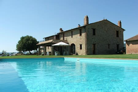Le Buccole Spa Country House - Migliano - Bed & Breakfast