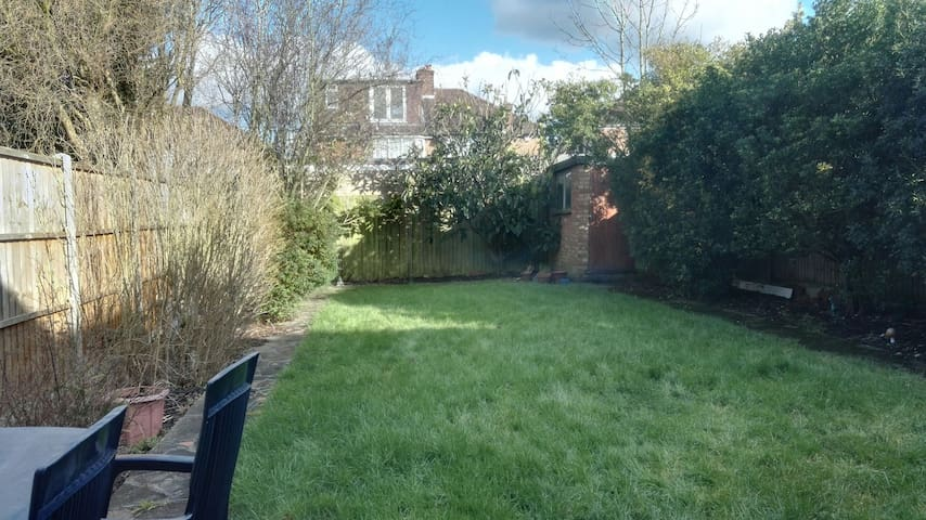Cosy 1Bdrm in Home <10min to Tube! (2) - Stanmore
