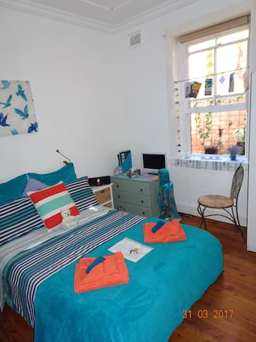 Double Room, Bondi Junction, Sydney.