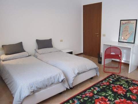 Casa nel verde a Reggio Emilia - two single-bed