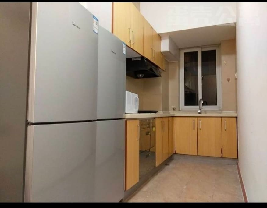 厨房是6室公用的~