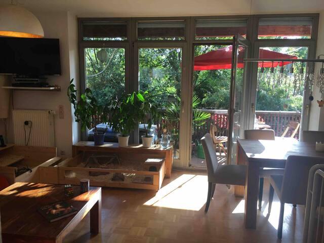 Kati's cosy flat in Altkötzschenbroda