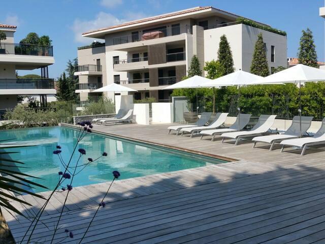 Saint-Tropez Resort 2 à 4 personnes