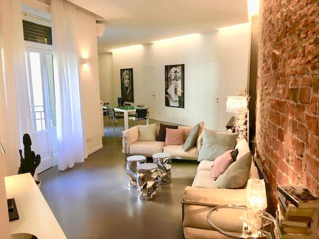 CORTE DEI FLORIO ALLA SCALA Luxury apartment