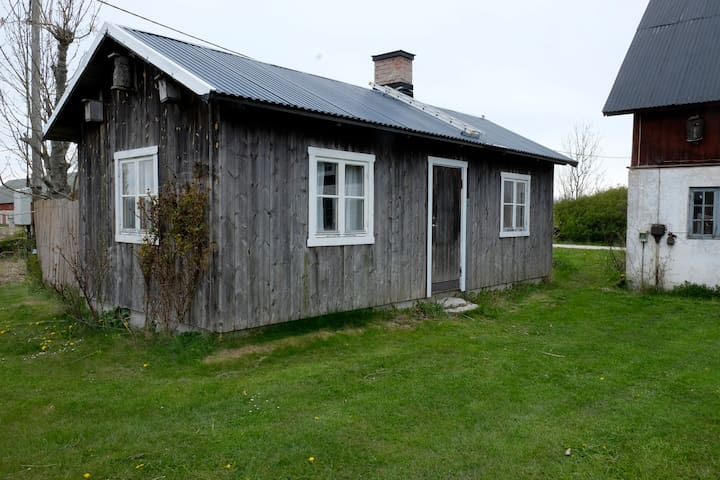 Small Cottage in Herrvik