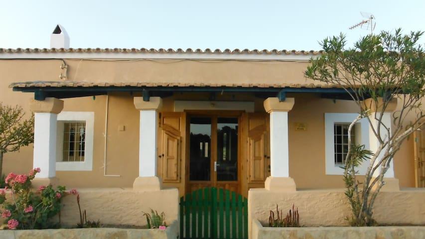 Can Jaime Pins habitación 1 - Formentera - Hus