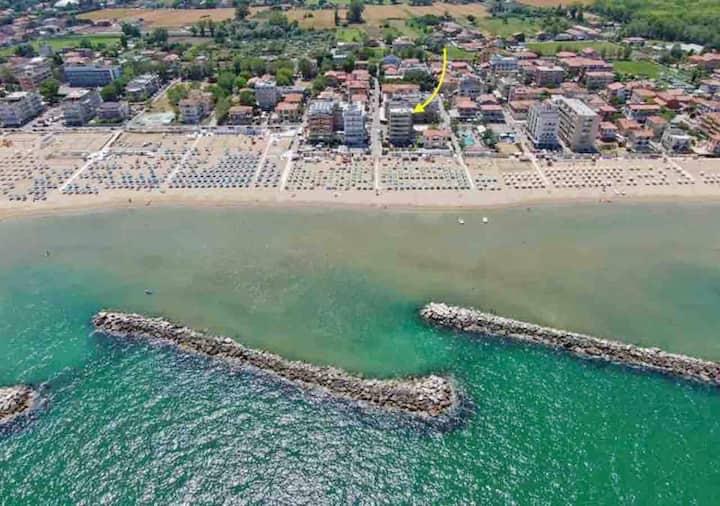 Bilocale Vista mare sulla spiaggia