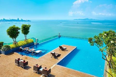 Beachfront-Seaview  @Wang Amat Tower