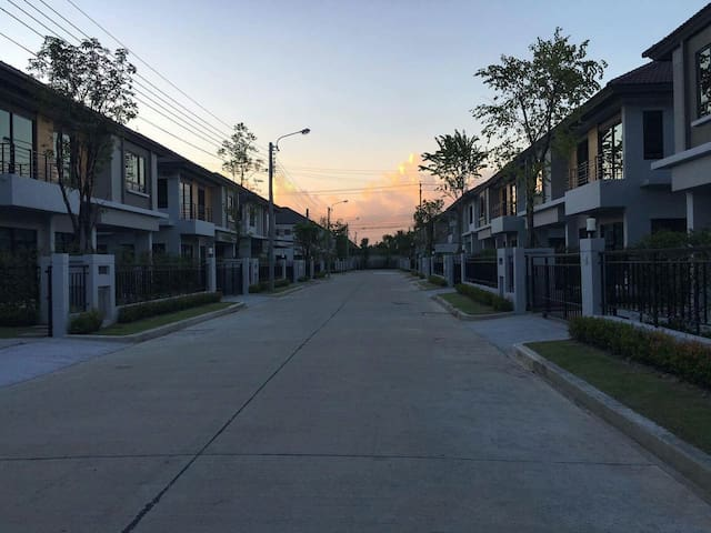 Boulevard life bangkok