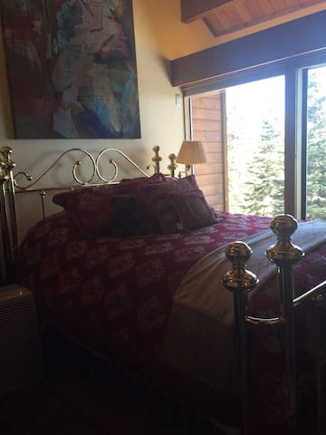 Panoramic Lakeview Queen Master w/Pvt BA - Carnelian Bay - Bed & Breakfast