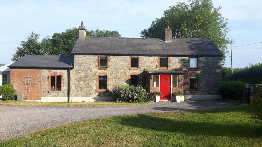 Charming Ash Cottage