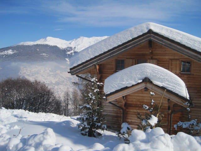Ruim chalet in Zwitserland voor wintersport en ski