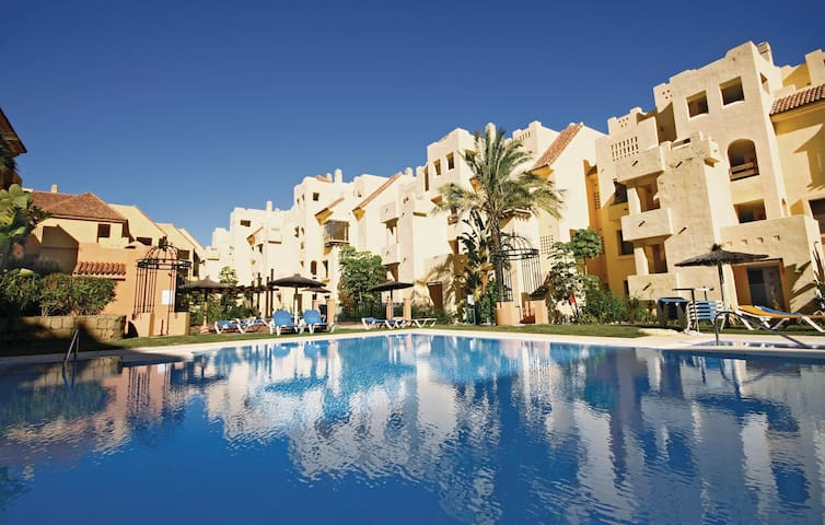 Holiday apartment with 2 bedrooms on 78 m² in Manilva-La Duquesa