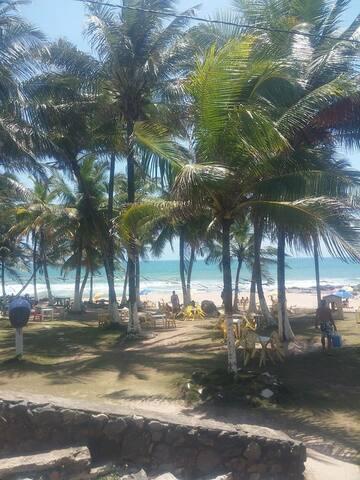 Suite, casa linda, piscina, praia paraíso!