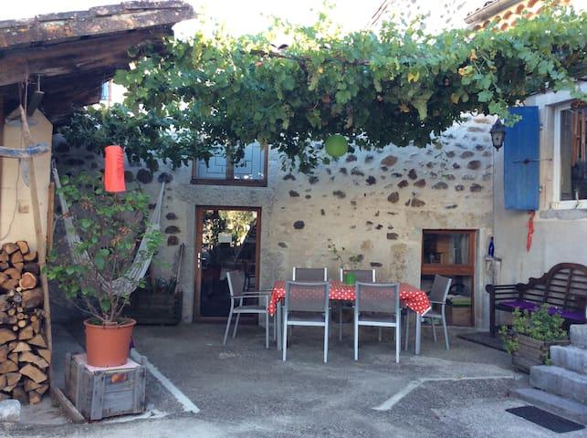La Grange - Lavilledieu - Dům