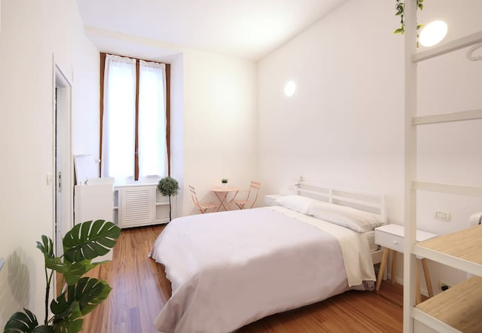 New! Lovely & Friendly in Milan Center D