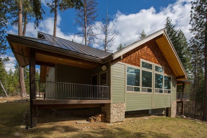 Moose Cabin at Hayden Lake