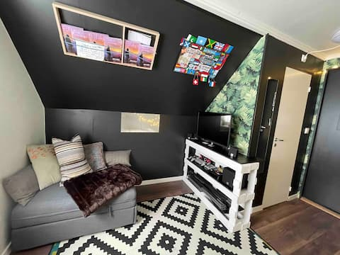 Micro apartment, 3mins walk from central station